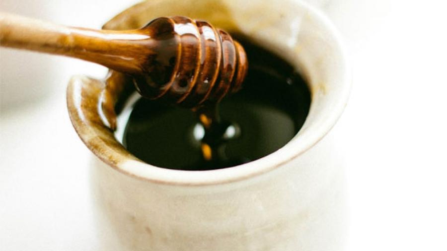 Entrada AA. Diferencia entre mielada y miel floral
