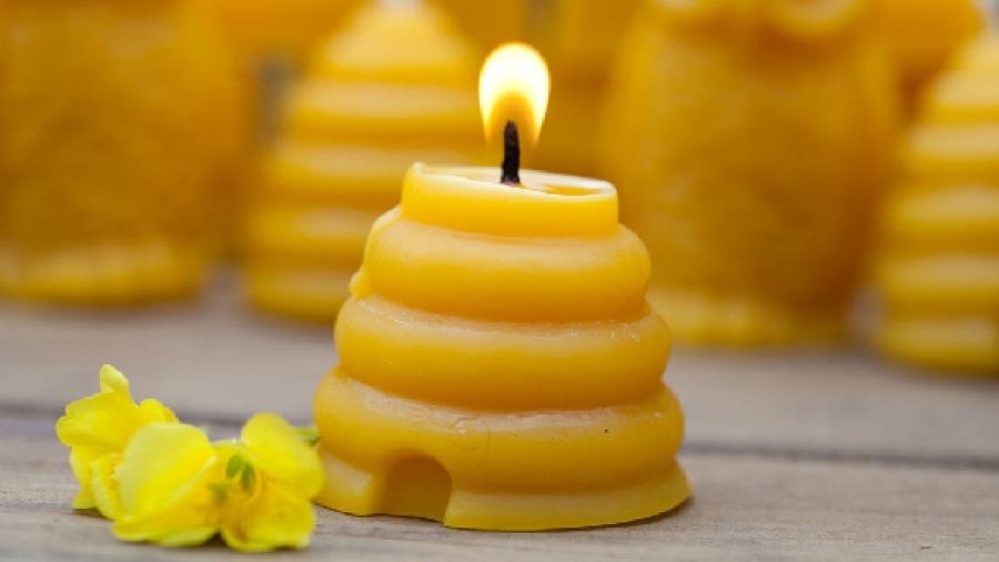 Entrada semana 17. Beneficios de las velas de cera de abeja 1